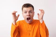Человек кричит в гневе Стоковое Изображение RF
