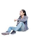 Человек моды джинсовой ткани на белой предпосылке Стоковые Изображения