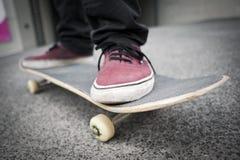 Человек на скейтборде Стоковое Изображение RF