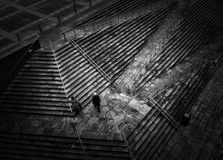Человек на шагах стоковая фотография rf