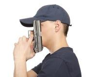 Человек отчаяния с оружием стоковая фотография rf