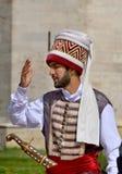 Человек одетый как тахта стоковое изображение rf
