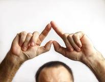 Человек показывает сердце Стоковое Изображение RF