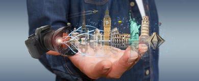 Человек путешествуя мир с его цифровой фотокамера Стоковые Изображения
