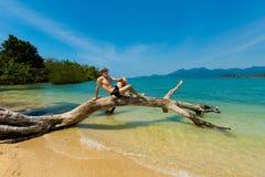 человек пляжа красивый Стоковые Фотографии RF