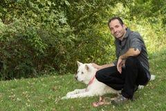 Человек & собака Стоковое Изображение