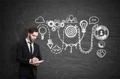 Человек сочинительства и творческий startup эскиз Стоковые Изображения RF