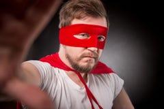 Человек супергероя делая фото Стоковые Изображения RF