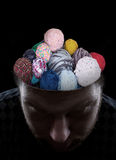 Человек с потоками в его голове стоковые фотографии rf