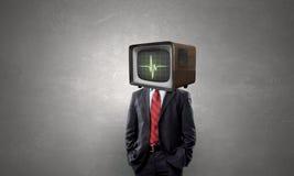 Человек с ТВ вместо головы Мультимедиа Мультимедиа Стоковые Изображения