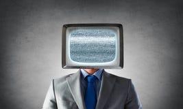 Человек с ТВ вместо головы Мультимедиа Стоковое Изображение RF