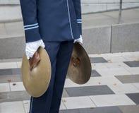 Человек с цимбалами Стоковая Фотография RF