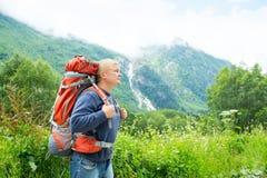 Человек с backpack Стоковое Изображение