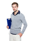 Человек с clipboard Стоковые Фотографии RF