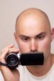 Человек с videocamera дилетанта цифровым Стоковые Изображения RF