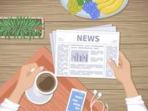 Человек читая самые последние новости на завтраке Стоковое фото RF
