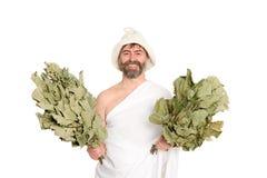 Человек Joyfu с веники, русская ванна стоковые фотографии rf
