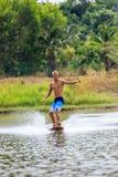 Человек Wakeboarding Стоковые Изображения
