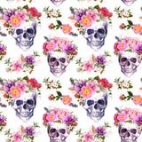 Человеческие черепа, цветки картина безшовная акварель Стоковое Изображение RF