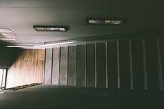 ЧИАНГМАЙ, ТАИЛАНД - 7,2018 -го июль: Современный дизайн случая лестницы в c стоковое изображение