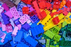 Чиангмай, ТАИЛАНД - 27-ое мая 2018: Lego линия пластмассы c Стоковое Изображение RF