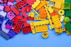 Чиангмай, ТАИЛАНД - 27-ое мая 2018: Lego линия пластмассы c Стоковое Фото
