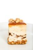 Чизкейк арахисов изолированный на белой предпосылке Стоковое Изображение RF