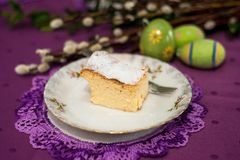 Чизкейк - домодельный торт пасхи стоковое изображение