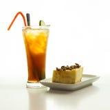 Чизкейк и замороженный чай лимона Стоковая Фотография RF