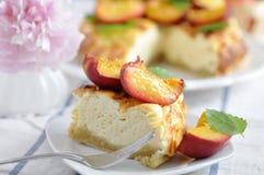 Чизкейк персика Стоковая Фотография