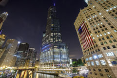Чикаго городской к ноча, Иллинойс Стоковое Фото
