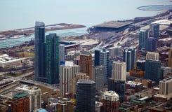 Чикаго около взгляда южной стороны, Марины и Lake Michigan от неба Стоковое Изображение RF