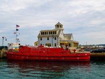 Чикаго Соединенные Штаты - станция морской безопасности Чикаго и шлюпка отделения пожарной охраны Чикаго стоковая фотография