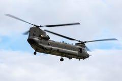 Чинук HC RAF Боинга военно-воздушных сил Великобритании вертолет ZH777 двойного engined тяжелого подъема 2 воинский Стоковое фото RF