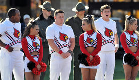 чирлидеры louisville cardinals Стоковая Фотография