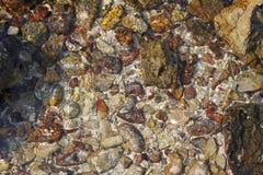 Чистая вода над текстурой Стоковая Фотография RF