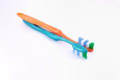 чистит зуб щеткой Стоковое фото RF
