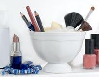 чистит косметики щеткой Стоковые Фотографии RF