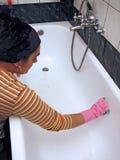 чистка ванны Стоковое фото RF