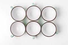 Чистые установленные чашки блюд, кофе или чая Стоковая Фотография