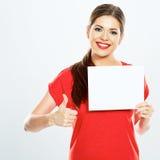 Чистый лист бумаги белизны владением девушки большой пец руки предпосылки изолированный чернотой вверх Стоковая Фотография