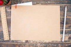 Чистый лист бумаги и другие детали Стоковые Фотографии RF