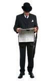 чтение газеты gent города Стоковая Фотография