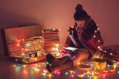Чтение ночи exciting Стоковые Изображения RF