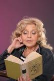 чтение повелительницы Стоковая Фотография RF