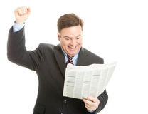 чтение хороших новостей бизнесмена стоковая фотография rf