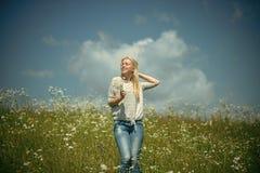 Чувственная женщина Цветок, природа и окружающая среда стоцвета Стоковое фото RF