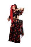 Чувственная цыганская женщина в черной юбке стоковое изображение