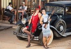 Чувственные женские гангстеры Стоковая Фотография RF