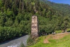 Чудесные горы Svaneti, Грузия стоковые фото